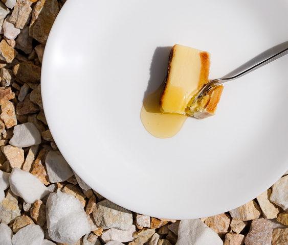 写真:シェーブルチーズケーキ